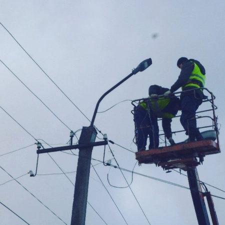 С января 2020-го в Красном реализуется энергосервисный контракт по модернизации уличного освещения